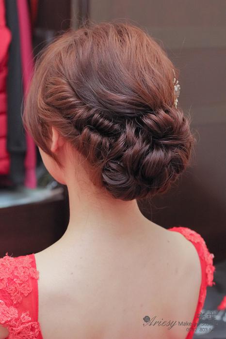 Dream 婚紗工坊,禮服出租,豪鼎飯店,造型師安琪,編髮,鬆包頭,手工飾品