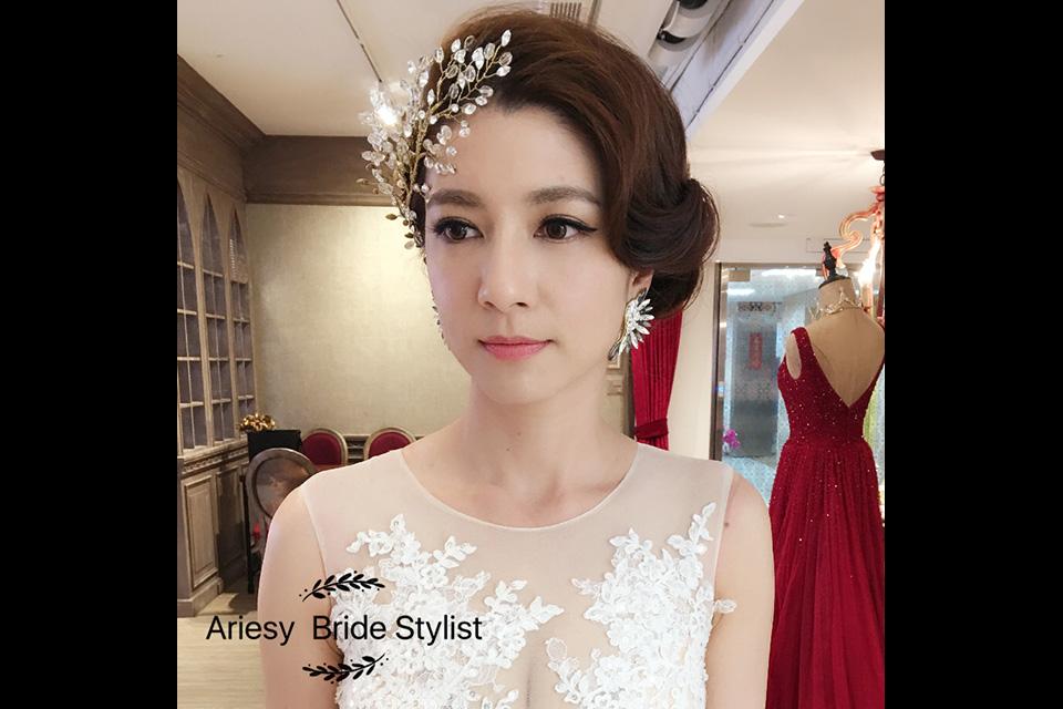 自助婚紗,手工婚紗,禮服出租,婚紗工作室,愛瑞思,拍婚紗,宴客禮服,ARIESY,婚紗外景,新娘秘書,新娘造型,Wedding Dress,bridal
