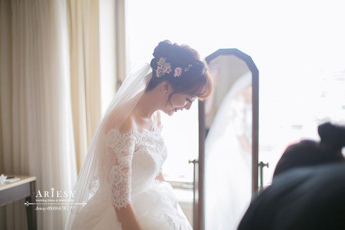 新娘秘書,新秘,鮮花,編髮,台北,西華