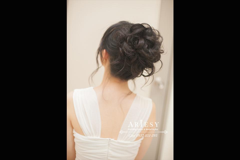 新秘作品,清透自然妝感,黑髮新娘造型,鮮花造型,旗袍造型