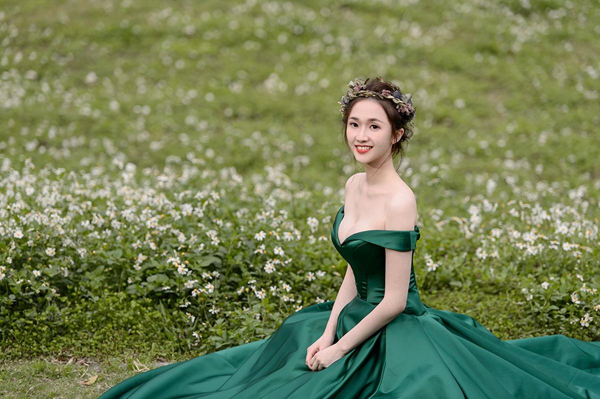 森林系婚紗,自助婚紗,自主婚紗,花圈造型,乾燥花,赫本