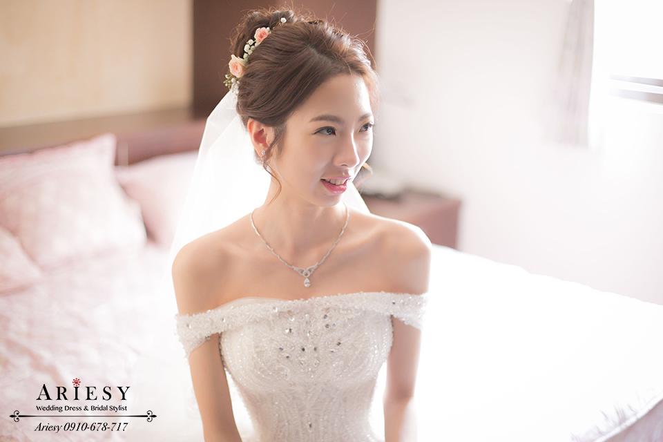新娘秘書推薦,台北新秘,鮮花編髮,白紗新娘造型,韓風髮型