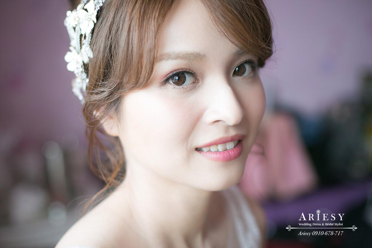 白紗造型,新娘秘書造型,台北新秘,歐美風牡丹捧花,自然輕透妝感