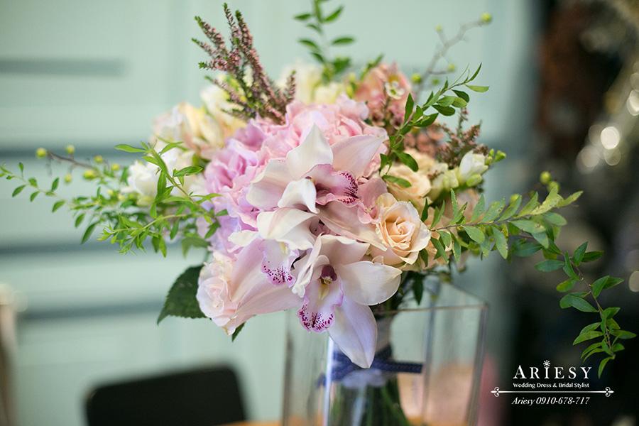 粉色繡球捧花,歐美風新娘捧花,愛瑞思鮮花新秘