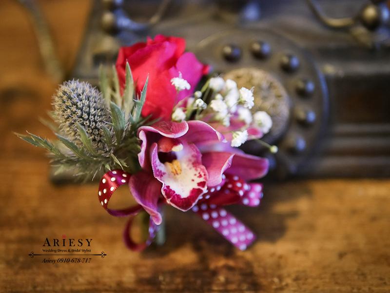 美式婚禮胸花,紅色胸花,主婚人胸花,新娘捧花