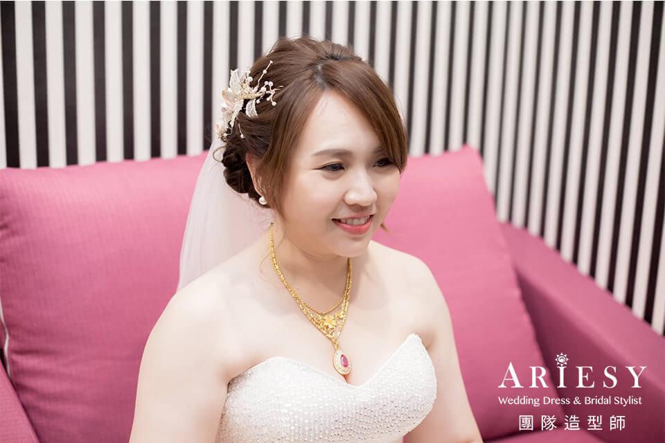 新娘進場造型,新娘妝感,新娘髮型,新秘編髮,新秘花藝