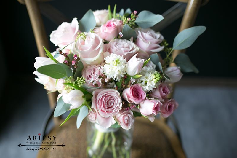 新娘捧花,粉紅色捧花,公主風捧花,鮮花新秘,粉白色捧花