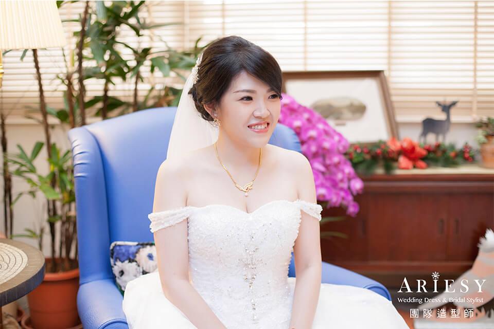 新娘白紗造型,新娘妝,台北新秘,新娘髮型,頭紗造型