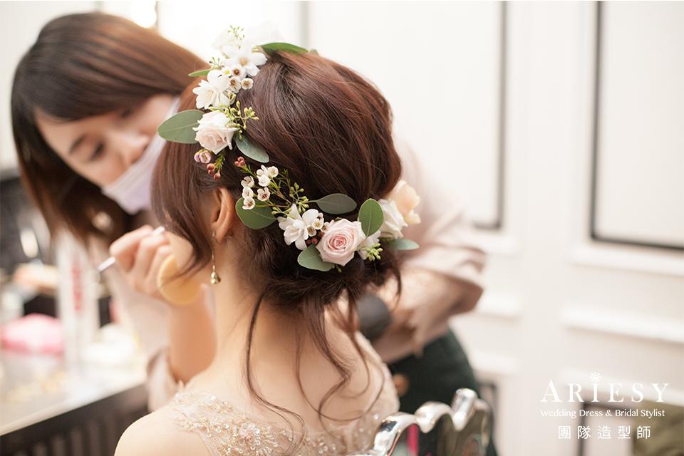 送客造型,新秘花藝,新娘秘書推薦,新娘鮮花造型,花圈髮型