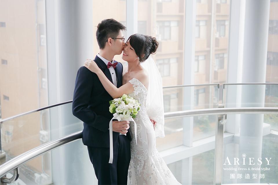 白紗進場造型,新秘花藝,台北新秘推薦,類婚紗,自然新娘妝