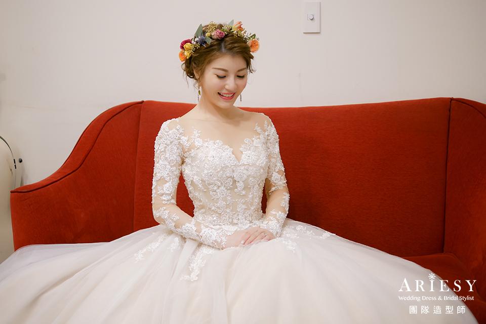 新娘白紗進場造型,新秘花藝,台北新秘,新娘花圈造型,新娘妝