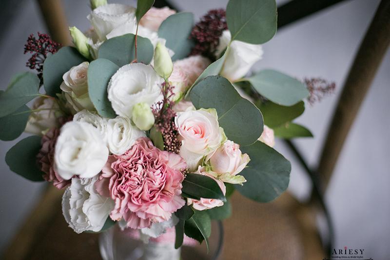 莫蘭迪色歐美風捧花,新娘秘書美式手作捧花, bridal bouquet,Bouquet of flowers,愛瑞思