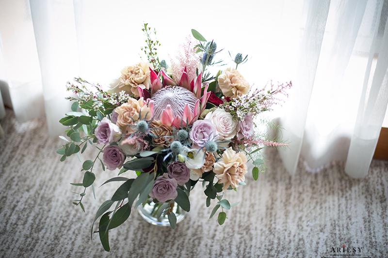 莫蘭迪色歐美風捧花,新娘秘書美式手作捧花, bridal bouquet,Bouquet of flowers,愛瑞思,ariesy捧花