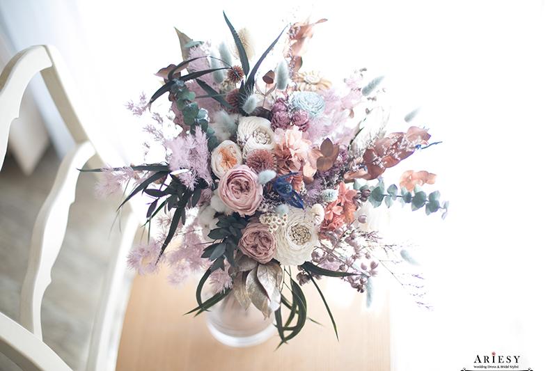 莫蘭迪色永生花不凋花歐美風捧花,新娘秘書美式手作捧花, bridal bouquet,Bouquet of flowers,愛瑞思,ariesy捧花
