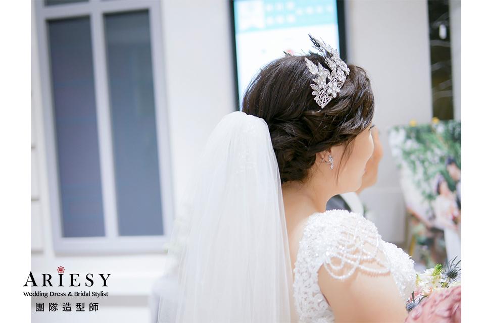 新娘進場造型,皇冠造型,新娘秘書,台北新秘,新娘造型