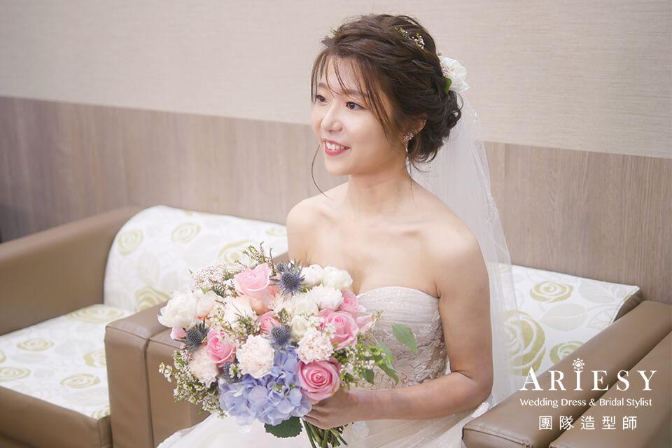 新娘進場造型,鮮花造型,新娘秘書,台北新秘,新娘髮型